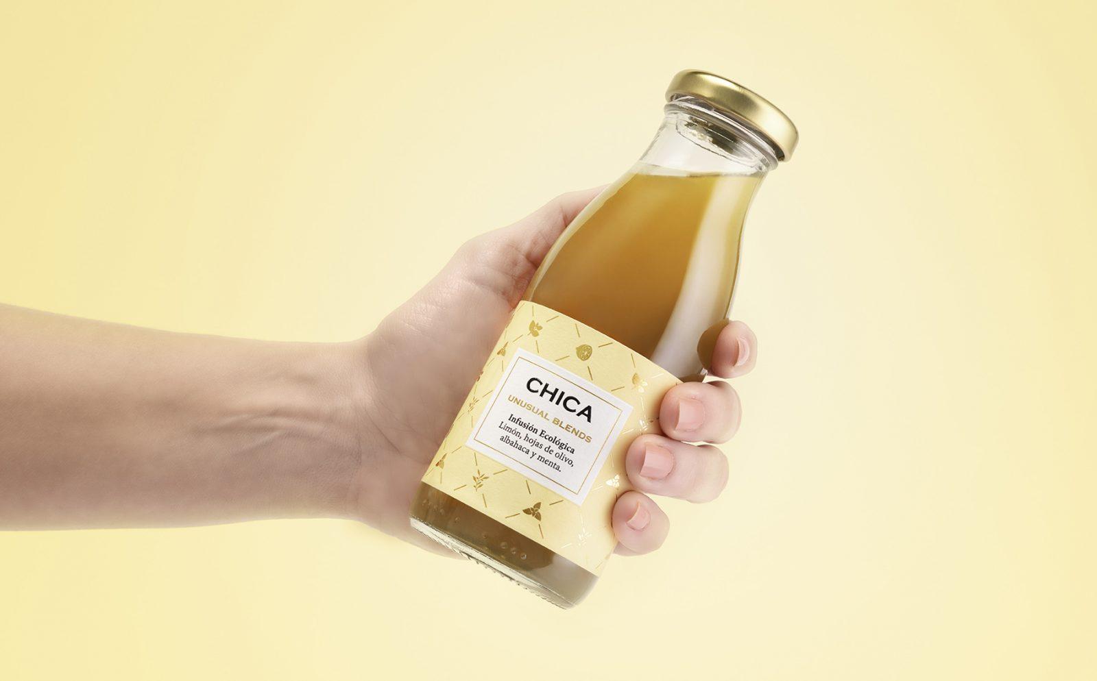 Diseño de etiquetas para botella